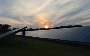 solar-panels-2458717_1280